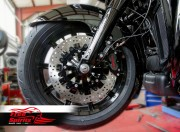 Harley Davidson Touring 2014 up - Bolt-in kit with 4p. (Black) calipers & (Black) rotors 320 mm