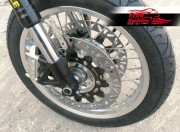 Dual disc front hub for Triumph Classic