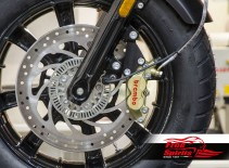 Kit étrier avant 4 pistons Brembo pour Indian Scout - KIT