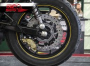 Kit frein arriere Brembo 4 pistons pour Triumph Street Twin & Street Cup