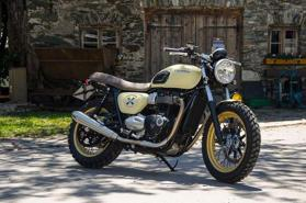 Triumph Street Twin by Triple Bike